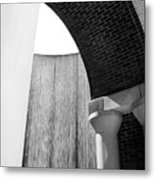 Arcs And Tangents Houston Water Wall In Black And White Metal Print