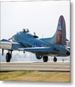 B17 Flying Fortress Cleared For Takeoff At Livermore Metal Print