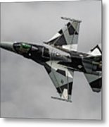 Black And White 18th Aggressor Sqn Viper Topside Against The Grey Metal Print