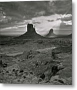 Breaking Light At Monument Valley - Black And White Metal Print