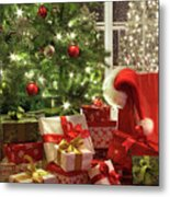 Brightly Lit Christmas Tree With Lots Of Gifts Metal Print