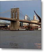 Brooklyn Bridge And Bird In Flight Metal Print