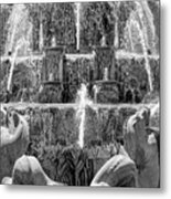 Buckingham Fountain Closeup Black And White Metal Print