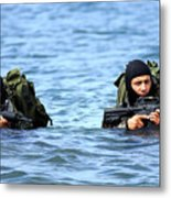 Buds Students Wade Ashore During An Metal Print