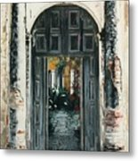 Calle Tapachula - 2 Doors Open Metal Print