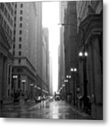 Chicago In The Rain 2 B-w Metal Print