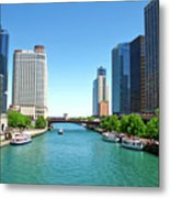 Chicago Tour Boats Parked On The River Metal Print