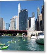 Chicago Watching The Kayaks On The River Metal Print
