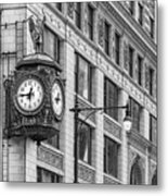 Chicago's Father Time Clock Bw Metal Print