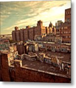 Chinatown Rooftop Graffiti And The Brooklyn Bridge - New York City Metal Print