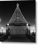 Christmas Lights On Manhattan Pier B And W Metal Print