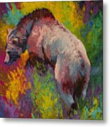 Climbing The Bank - Grizzly Bear Metal Print