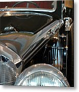 Close Up On Vintage Black Shining Car Metal Print