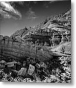 Cottonwood Creek Strange Rocks 3 Bw Metal Print by Roger Snyder