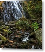 Crabtree Falls In Autumn Metal Print