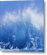 Crashing On Shore Metal Print by Vince Cavataio - Printscapes