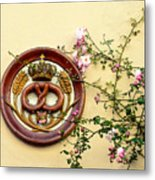 Crowned Pretzel Sign With Roses Metal Print