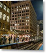 Cta Pulls Into The State-lake Street Station Chicago Illinois Metal Print