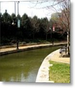 Curve In The Richmond Canal Metal Print