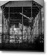 Decrepid Barn Black And White Metal Print