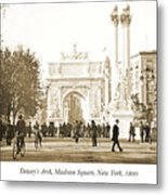 Dewey's Arch Monument, Madison Square, New York, 1900 Metal Print