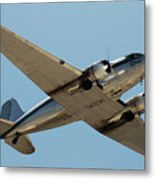Douglas Dc-3 Rose At Hawthorne Metal Print