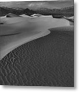 Endless Dunes Black And White Metal Print
