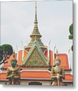 Exquisite Details On The Building Of Wat Arun In Bangkok, Thailand Metal Print