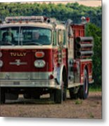 Fire Truck  Engine 13 Village Of Tully New York Pa Metal Print