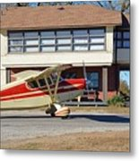 Fly In To The Beaumont Hotel And Cafe Metal Print