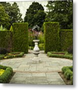 Quiet Garden Space At Niagara Falls Botanical Gardens Metal Print