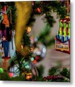 Ginger Ale On Christmas Tree 4392 Metal Print