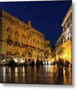 Glossy Outdoor Living Room - Passeggiata On Piazza Duomo In Syracuse Sicily Metal Print
