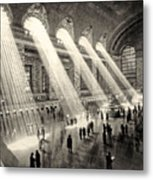 Grand Central Terminal, New York In The Thirties Metal Print