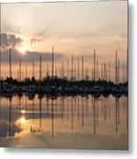 Heavenly Sunrays - Peaches-and-cream Sunrise With Boats Metal Print