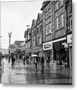High Street Rhyl On A Wet Summers Day North Wales Uk Metal Print