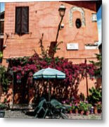 Home In The Piazza Metal Print