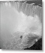 Horseshoe Falls Black And White Metal Print