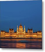 Hungarian Parliament Building At Night In Budapest Metal Print