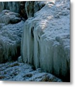 Icicles On The Rocks Metal Print