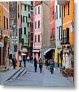 In The Heart Of Town Metal Print