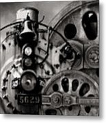 Iron Circles No. 1 Metal Print