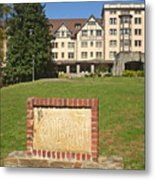 Kenilworth Inn Metal Print