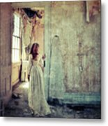 Lady In An Old Abandoned House Metal Print by Jill Battaglia