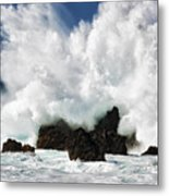 Laupahoehoe Point Explosion Metal Print
