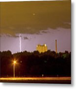 Lightning Bolts Striking In Loveland Colorado Metal Print