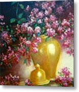Lilacs In Gold Vase Metal Print