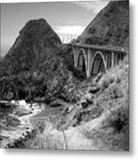 Lime Creek Bridge Highway 1 Big Sur Ca B And W Metal Print
