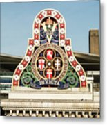 London Chatham And Dover Railway Crest With Invicta Motto Blackfriars Railway Station Metal Print