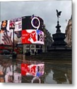 London Piccadilly On A Rainy Day Metal Print